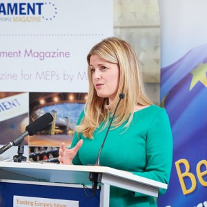 Emma-speaking-at-the-European-Parliament-Beer-Club-Reception